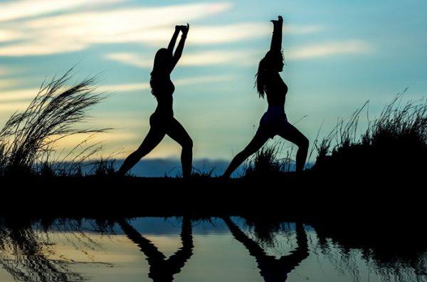 Posturas de Yoga nombres