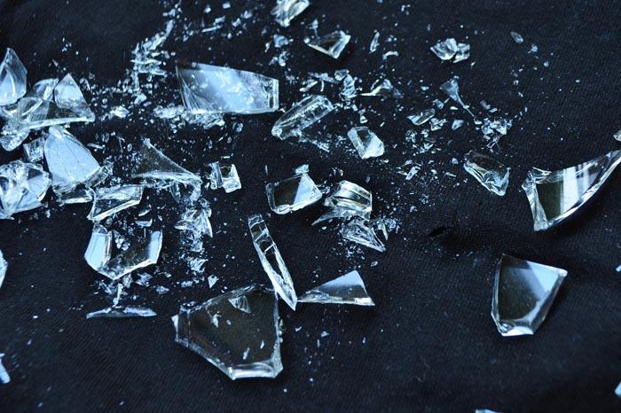 El significado de Soñar con Cristales Rotos