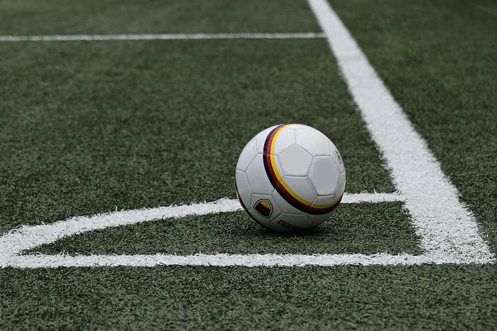 Significado de soñar jugando futbol